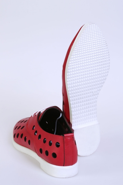 LASER-CUT SHOES