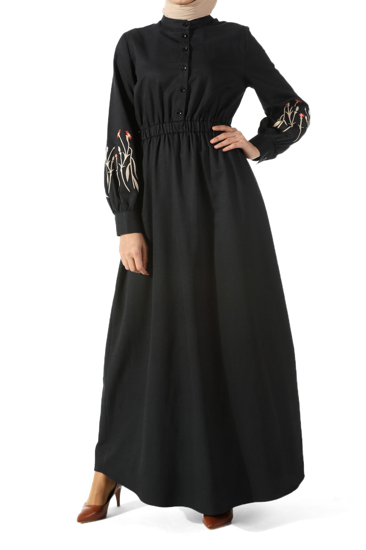 Nakışlı Elbise