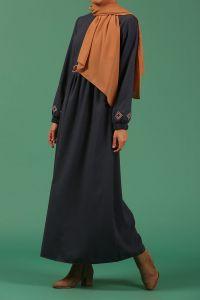 Nakışlı Kuşaklı Astarsız Elbise