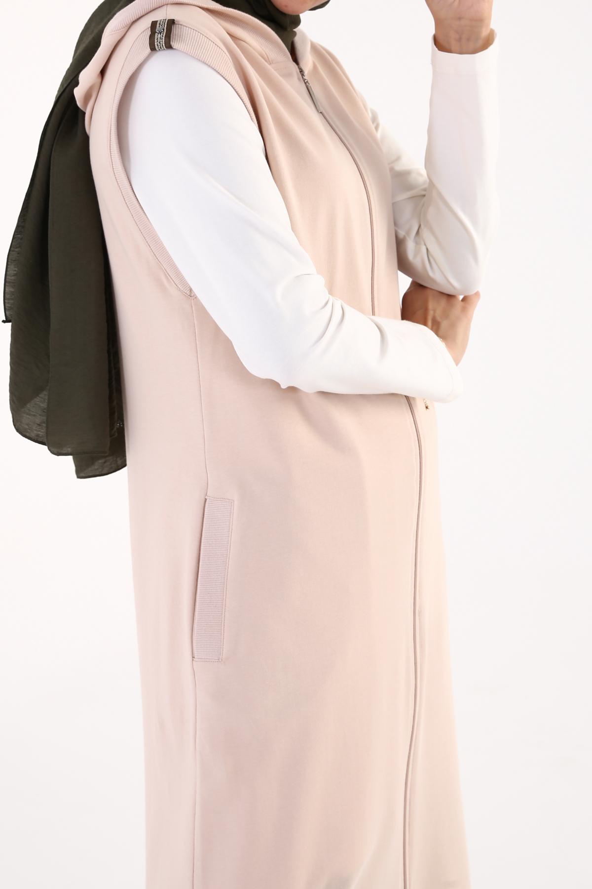 Comfy Zippered Hooded Vest