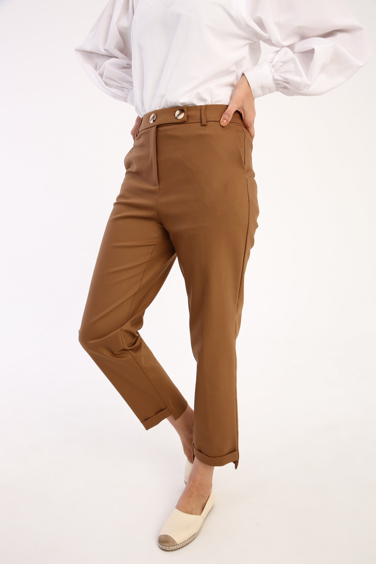 Comfy Ankle Detailed Pants