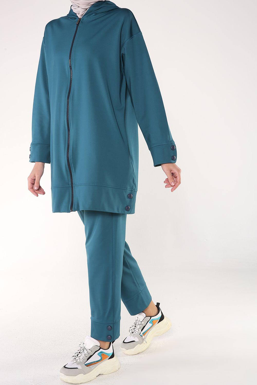 Paçası Kolu Çıtçıtlı Pantolonlu Fermuarlı Takım