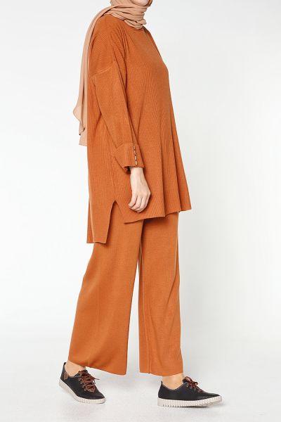 Kol Düğmeli Pantolonlu Takım