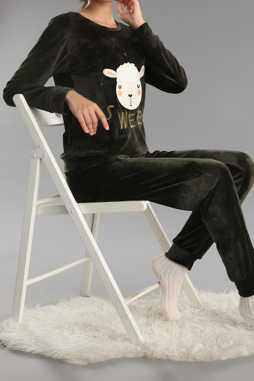 Nakış Desenli Pijama Takımı
