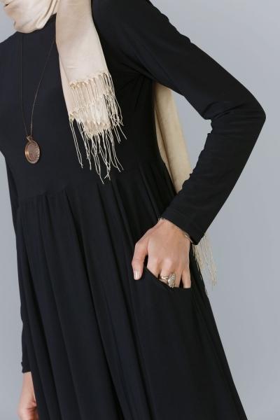 Pileli Elbise