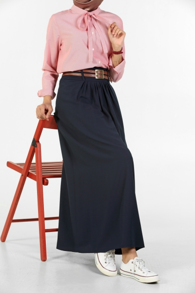 NATURAL FABRIC PLEATED AND BELTED SKIRT