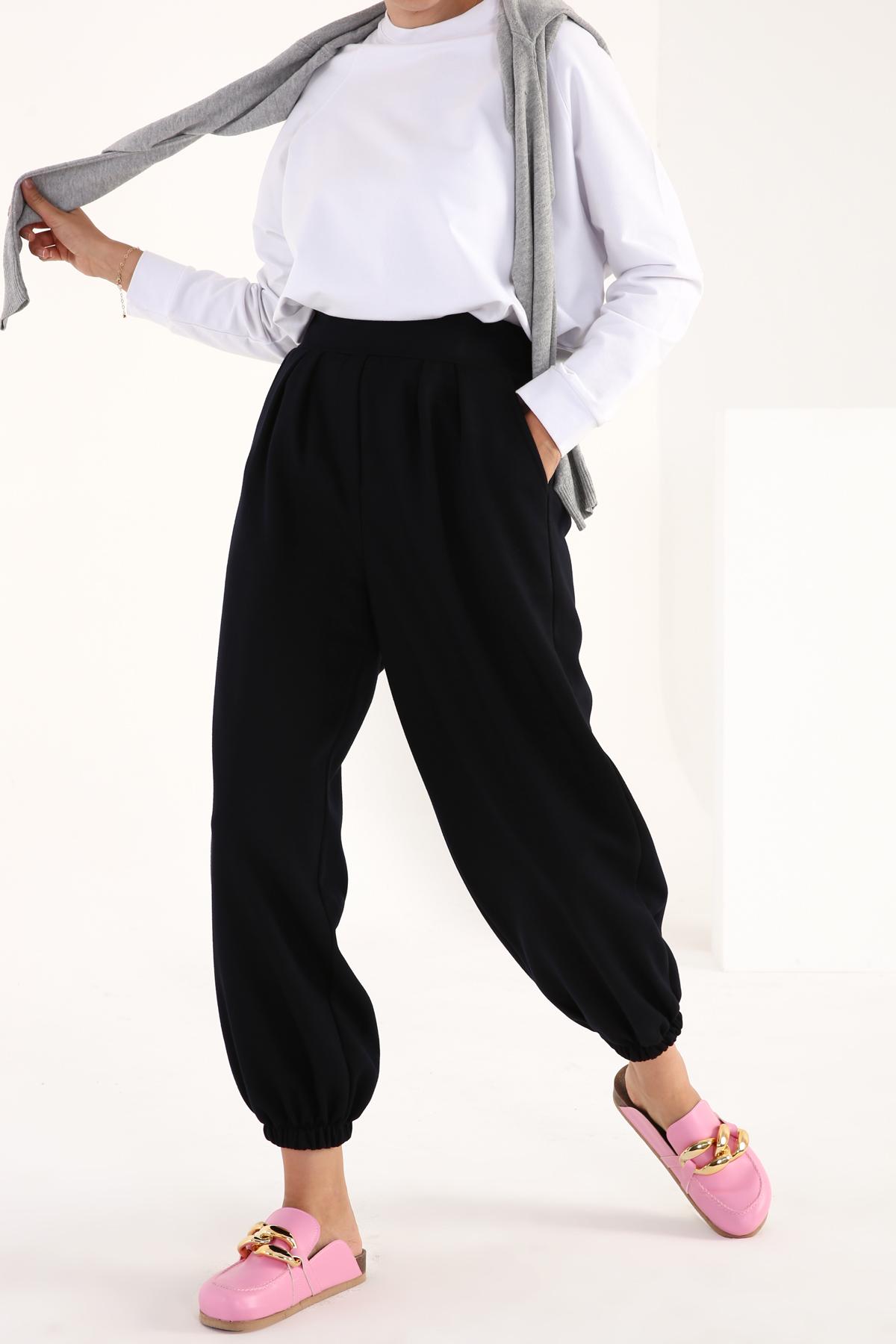 Pileli Paçası Lastikli Örme Pantolon