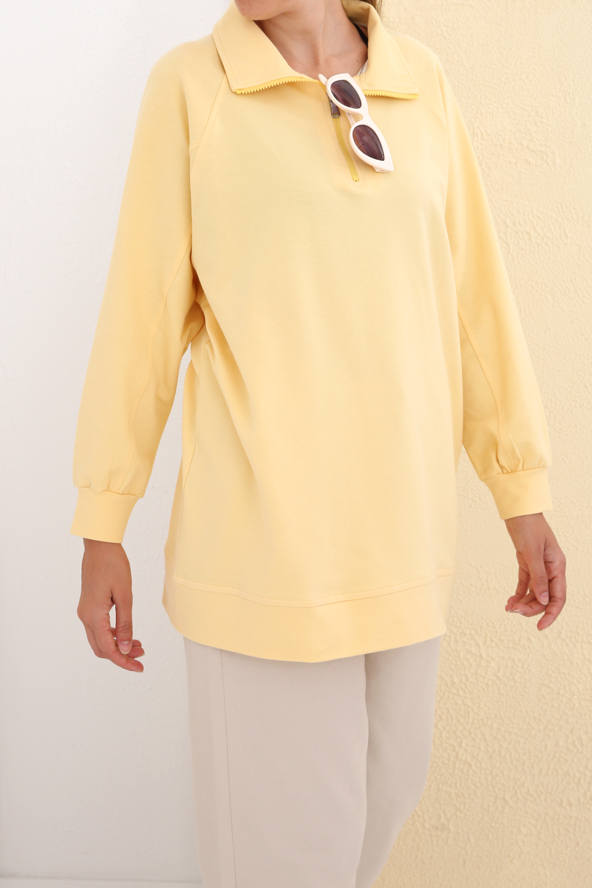 Polo Neck Zipper Detailed Cotton Sweatshirt