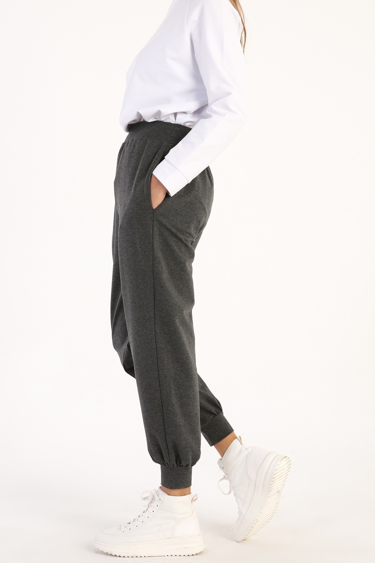 Rahat Kesim Cepli Örme Pantolon