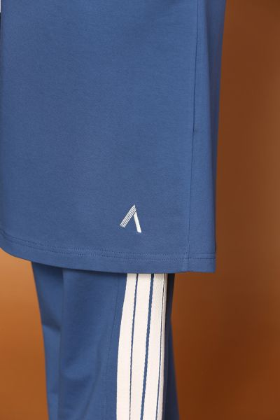 RAGLAN SLEEVE HOODED TRACKSUIT