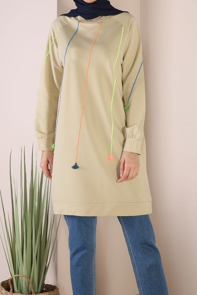 Renkli Garnili  Biyeli Sweatshirt