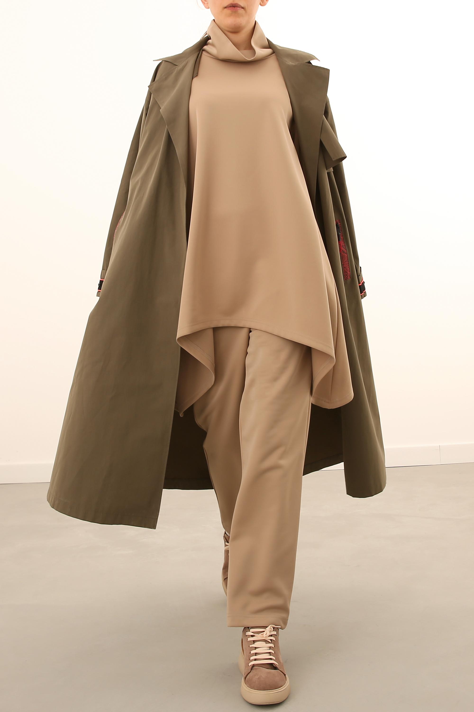 Stand-away Collar Asymmetric Hem Comfy Blouse and Pants Set
