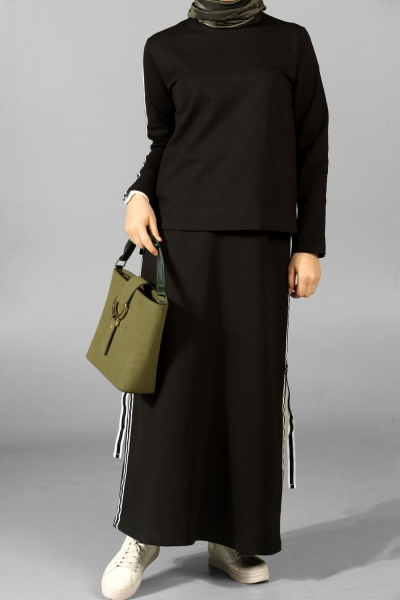 Stripped Hijab Suit