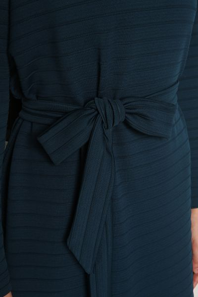 She Sea Yaka Düğmeli Kuşaklı Elbise