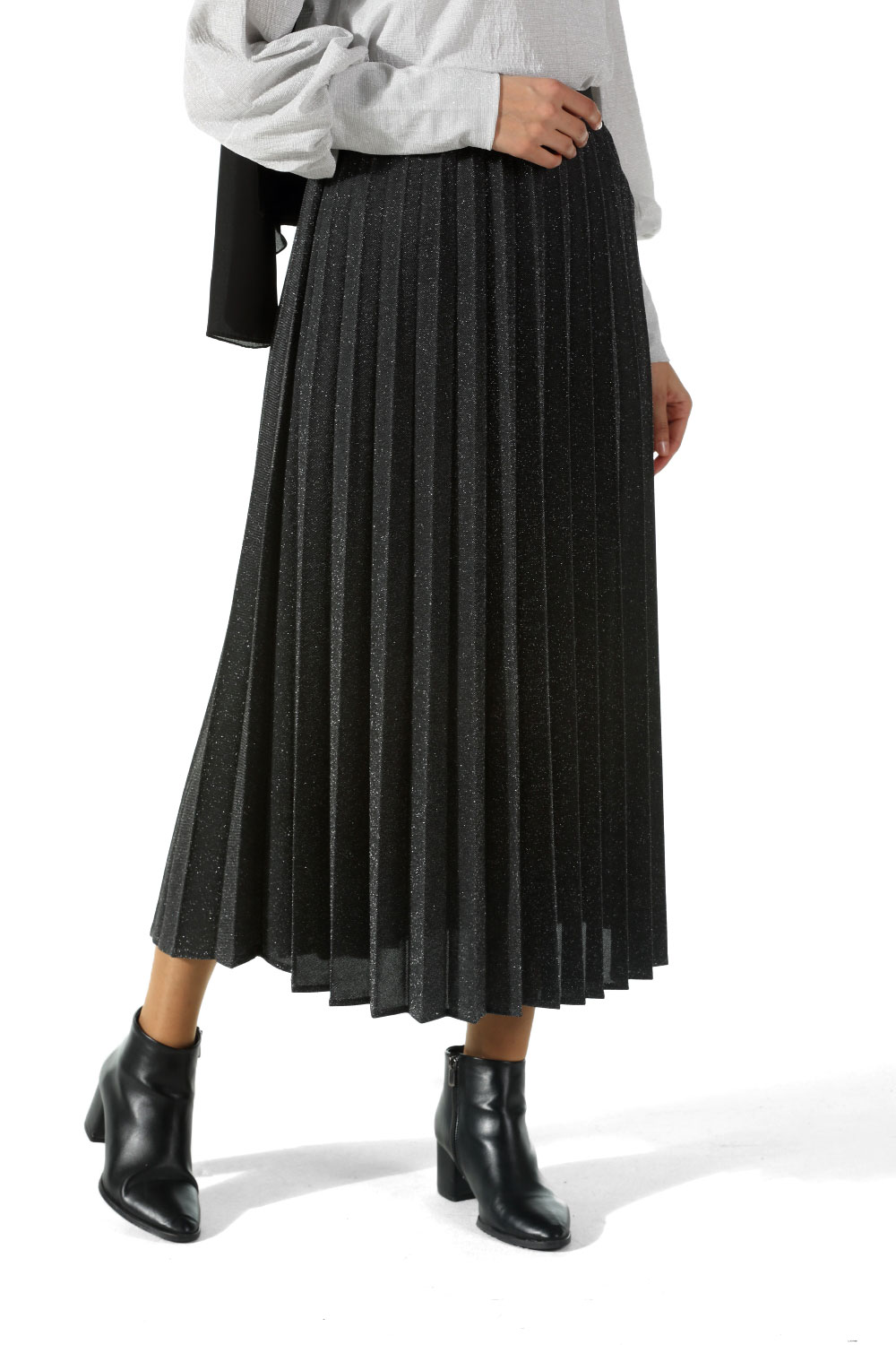 SILVERY PLEATED SKIRT