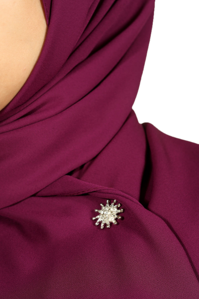 MAGNETIC SCARF PIN WITH STONE DETAIL