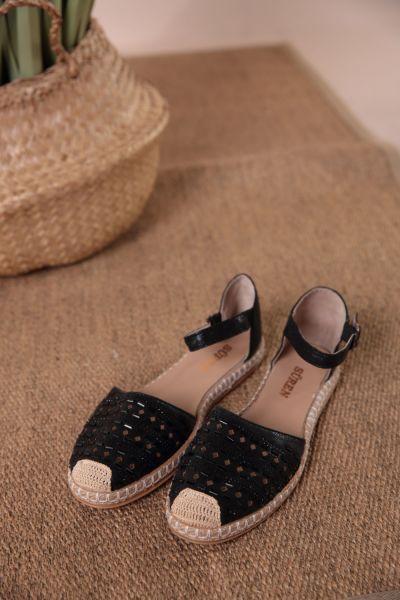 Taşlı Sandalet