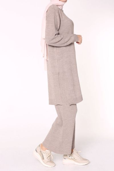 Pantolonlu Triko Takım