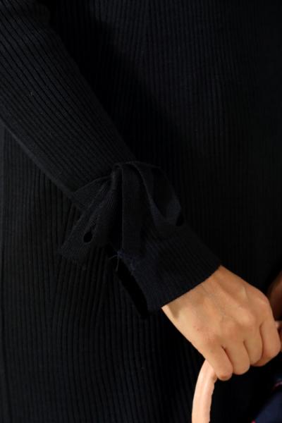 Kol Detaylı Triko Tunik
