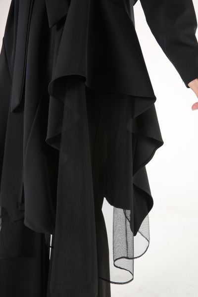 Tül Detaylı Asimetrik Kuşaklı Ceket