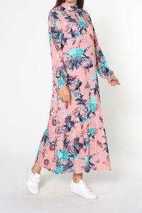 Düşük Kol Eteği Büzgülü Desenli Elbise