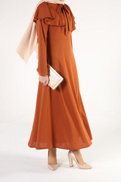 Yaka Bağlamalı Kloş Elbise