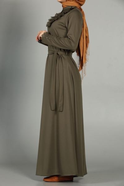 Yakası Güpürlü Elbise