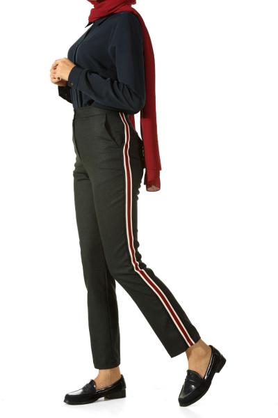 Yanları Şeritli Pantolon