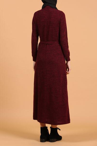 Yarım Patlı Düğmeli Kuşaklı Elbise