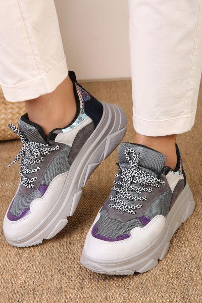 Yılan Desenli Spor Ayakkabı