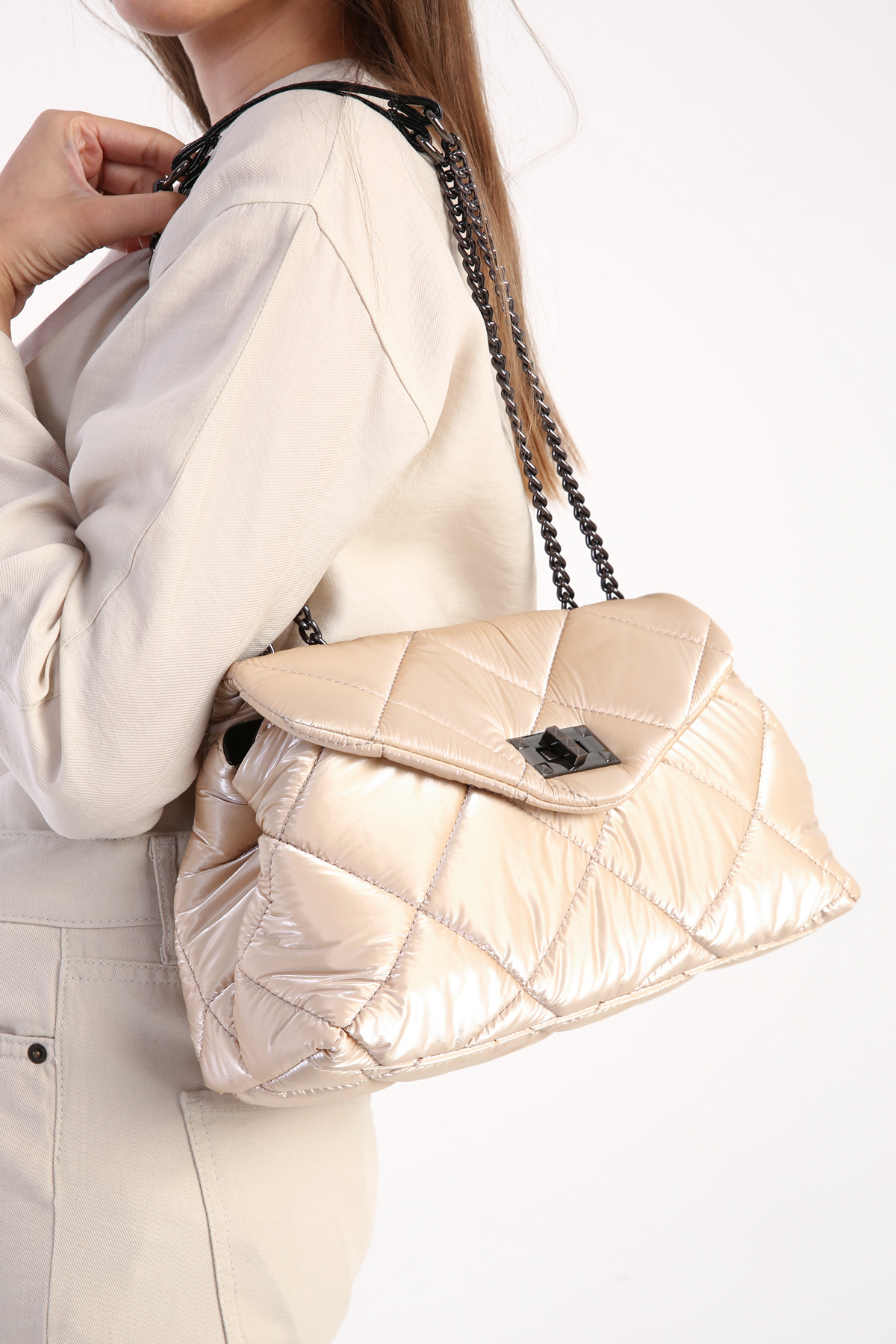 Quilted Twist Lock Flap Chain Bag